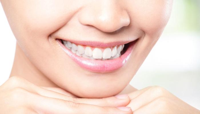 """Кариес  — диагноз, симптом или просто  """"дырка в зубе""""? Разговор эндокринолога со стоматологом."""