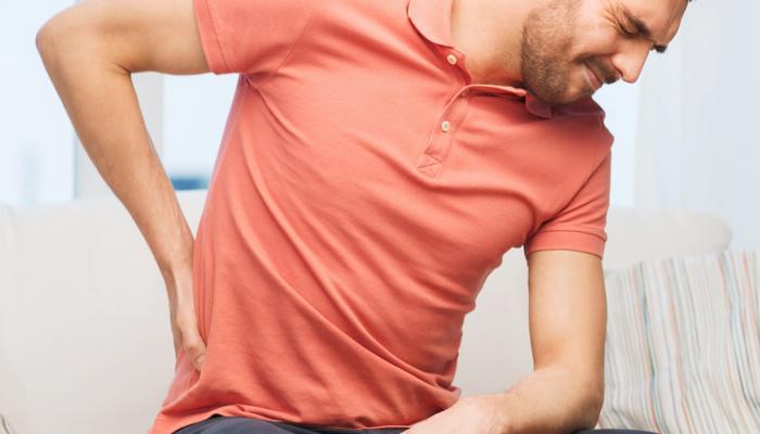 Грыжа диска: откуда «растут» проблемы в спине и как обойтись без хирургии