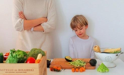 Вегетарианство в детском возрасте приводит к множественным дефицитам