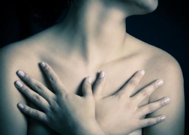 Избыток жировой массы повышает риск рака груди даже при нормальном весе