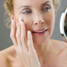 Эндокринные аспекты возрастной дерматокосметологии